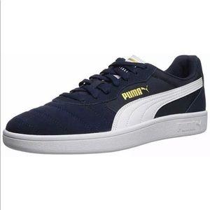 Shoes - Puma Junior Astro kick shoes